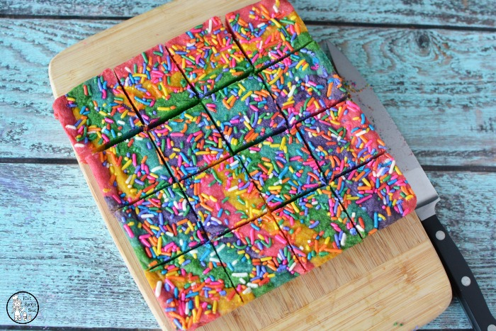 Delicious Rainbow Cookie Bars
