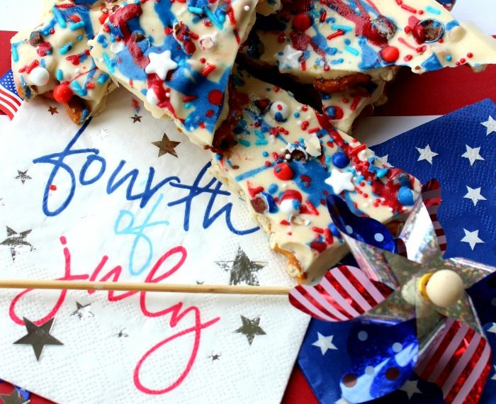 Delicious Chocolate Bark Recipe for the 4th of July.