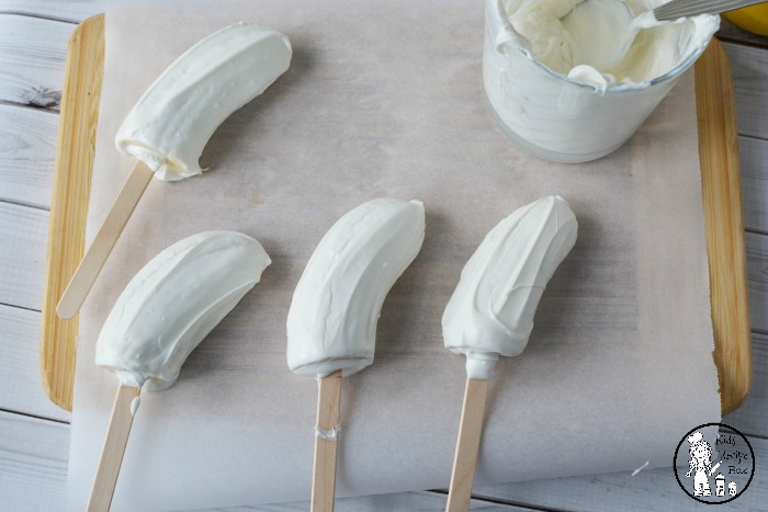 Frozen Banana Popsicles